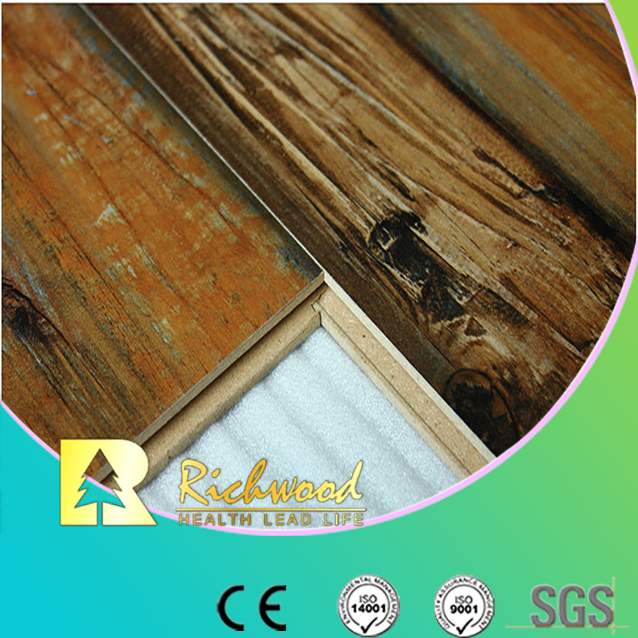 12.3mm Woodgrain Texture Beech Waterproof Laminate Flooring